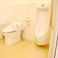 トイレ(バリアフリー・車椅子対応)